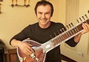 Корреспондент: Песня о главном. Интервью с музыкантом Святославом Вакарчуком