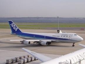 Пассажиров японской авиакомпании призывают облегчиться перед вылетом