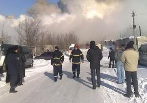 В результате пожара на Луганском гофротарном комбинате погибли два человека