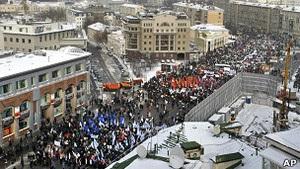 Российская оппозиция планирует массовые митинги и после выборов