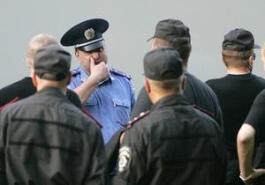 Милиция провела обыски на складах сети киевских магазинов Фокстрот
