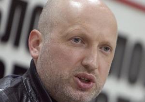 Турчинов заявил, что Королевская ни с кем не согласовывала свой выход из Батьківщини