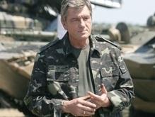 Ющенко: Для перехода на контрактную армию потребуется 27 лет