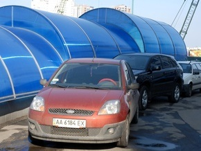 Киевские власти решили построить подземные паркинги возле проектируемых станций метро Ипподром и Теремки