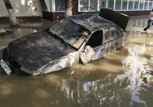 Чиновник подтвердил, что тела погибших в Крымске перевозят в продуктовых рефрижераторах