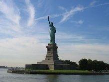 У статуи Свободы появится индийский конкурент