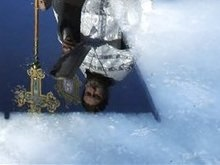 Дырка во льду спасла жизнь кременчугского самоубийцы