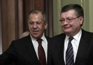 Грищенко надеется, что новоизбранный президент РФ свой первый визит осуществит в Украину