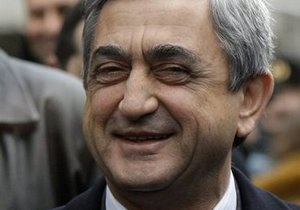 ЦИК: Саргсян побеждает на выборах с 58,64% голосов