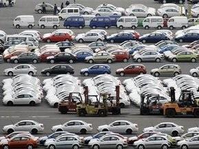 В Украине почти в пять раз сократились продажи новых авто