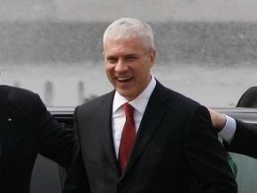 Президент Сербии попытается уговорить налетчика на его резиденцию сдаться