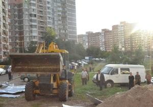 Киевская мэрия намерена создать парк на месте скандальной стройки на Троещине