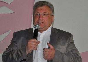 В Днепропетровской области последний беспартийный мэр вступил в Партию регионов