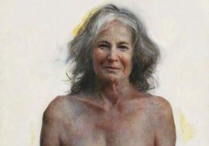 В Великобритании лучшим портретом года признано изображение голой пожилой женщины