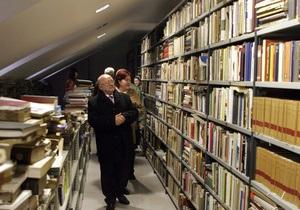 В Швейцарии один из кантонов переведет библиотеки в электронный формат