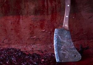 Киевлянин напал с кухонным топором на милиционера в Оболонском райотделе