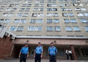 Пациенты больницы, где лечится Тимошенко, пожаловались на депутатов