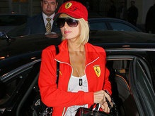 Пэрис Хилтон привезла в Москву пять машин багажа