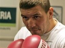 Поединок Валуев - Чагаев перенесен из-за травмы последнего