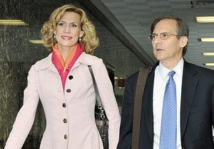 Бывшая Мисс Россия пыталась украсть шляпу и сандалии из нью-йоркского магазина