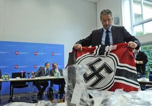 Би-би-си: Атрибутика нацистов на блошином рынке
