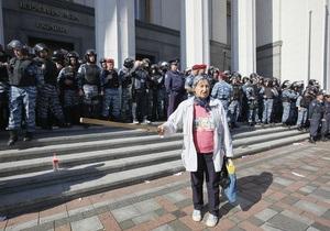 Министры открещиваются от сокращения льгот, заявляют о поддержке  чернобыльцев