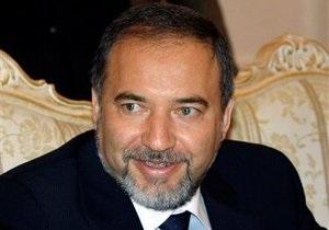 Израиль попросил Берлускони задействовать связи с руководством РФ для решения иранской проблемы