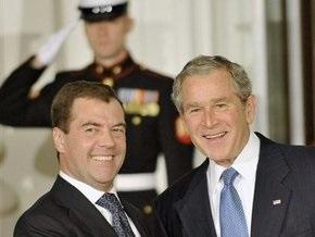 Медведев призвал G20 помочь беднейшим странам мира
