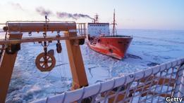 Российский танкер привез топливо жителям Аляски