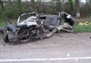 Стали известны подробности ДТП в Хмельницкой области, в котором погибли пятеро юношей