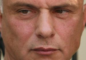 Муж Тимошенко ждет, когда Янукович обвинит его жену в сговоре с Понтием Пилатом
