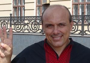 Свобода - Лидера запорожской Свободы облили фекалиями