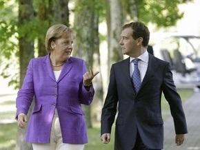 Меркель прокомментировала  героизацию нацизма  в Украине