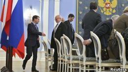 Би-би-си: Правозащитники покидают совет при Путине