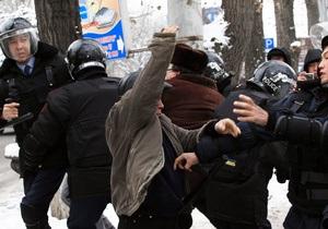 Беспорядки в Казахстане: власти сообщают о 12 погибших