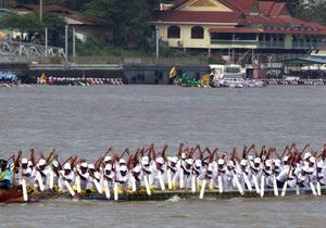 В Камбодже возникла давка на фестивале воды: 17 погибших