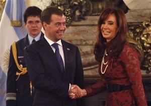 Медведев о возвращении России в Латинскую Америку: Кому-то не нравится? Нам плевать