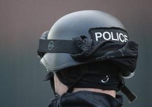 Новости США: В США вооруженный мужчина вторые сутки удерживает заложников