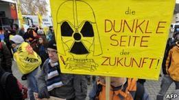 Атомная энергетика теряет подержку населения