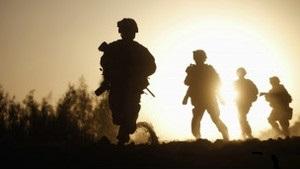 США накажут за надругательство над телами талибов