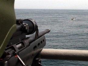 Испанским рыбакам разрешили вооружаться против сомалийских пиратов