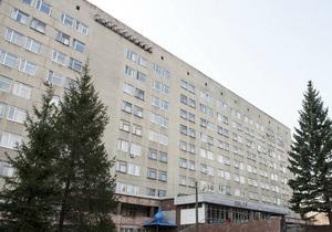 На территорию больницы Тимошенко заехал кортеж