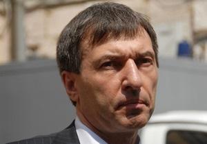 Защита Тимошенко намерена требовать повторного объявления обвинительного заключения