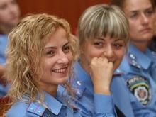 Ющенко, Тимошенко и Яценюк поздравили милиционеров