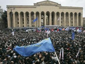 Оппозиция дала Саакашвили сутки на принятие решения об отставке
