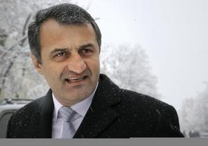 ЦИК Южной Осетии отложил оглашение итогов президентских выборов