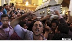 Похороны коптов в Каире привели к новым стычкам