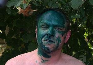 Батьківщина: Теперь каждый украинец может бросить зеленку в Януковича