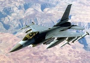 F-16 - Истребитель ВВС США пропал во время тренировочного полета
