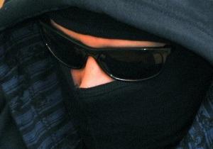 Неизвестные в масках ворвались в банк в Ровно
